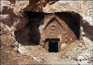 Jesus-Tomb3