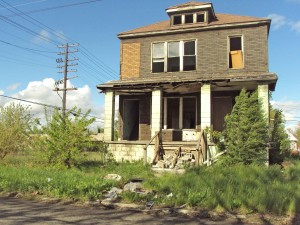 Abandoned house in Detroit. Is this the future of simple living?